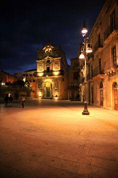 Piazza del Duomo on Ortygia Island ~ Syracuse, Sicily, Italy
