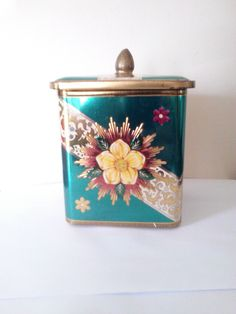Vintage Shabby Chic Yellow Rose Tin With Lid  / Tea Tin / Lithograph / Cottage Chic / Desk Accessory / Candy Tin / Storage by JulesCristenVintage on Etsy