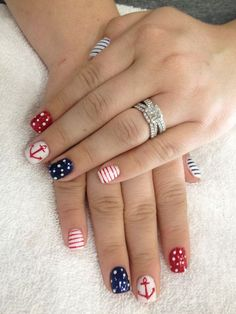 of July Nails! The Very Best Red, White and Blue Nails to Inspire You This Holiday! Fourth of July Nails and Patriotic Nails for your Fingers and Toes! Anchor Nail Designs, Anchor Nail Art, Fall Nail Art Designs, Summer Nail Designs, Nautical Nail Designs, Get Nails, Fancy Nails, Pretty Nails, Hair And Nails