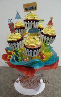 Birthday cupcake bouquet