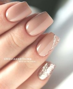 Pretty Natural Nails Double Tap If You Like This New Design! . Pretty Natural Nails White Nails Design Sparkly Pink Nails Light Pink Glitter Nails Maroon Gold Nails Pink Nails With Glitters Glitter White Nails Pink And White Nails Barbie