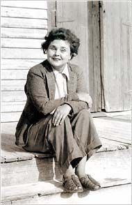 """Elizabeth Bishop - The New York Times Book Review -'Edgar Allan Poe  the Juke-Box,' by Elizabeth Bishop Rough Gems Published: April 2, 2006 """"You are living in a world created by Elizabeth Bishop."""""""