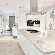 Grifflose Nobilia Lux Küche - Braun Grauer Boden | Küche ... Boden Braun Modern