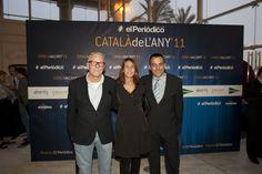 El empresario Fede Sardà; su esposa, Gemma Recoder, y el director de Márketing y Comunicación de Ediciones Primera Plana, Joan Alegre / DANNY CAMINAL