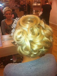 Bridal hair Bridal Hair, Our Wedding, Bridal Hairstyles, Bride Hairstyles, Hairstyle Wedding, Hair Style Bride