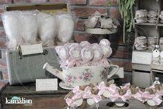 www.kamalion.com.mx - Mesa de Dulces / Candy Bar / Postres / Evento / Beige & Rosa / Beige & Pink / Vintage / Rustic Decor / Mesa de Dulces / Dessert.