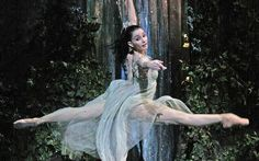 Tamara Rojo (1974- ): Currently the artistic director of English National Ballet, Rojo was one of the Royal Ballet's most spectacular assets for over a decade, a star principal dancer who combines talent, technique, brains, beauty, artistic ambition and interpretative brilliance in a single, unmistakably world-class package - her partnership with Carlos Acosta has been a particular delight.