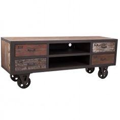 El estilo vintage esta presente en nuestros hogares, un precioso mueble de televisión.
