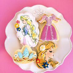 Tangled theme cookie set