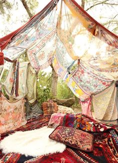 I love this! Scarves... Gypsy Tent