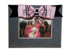 Burberry styled frame to show off your day/night out with your girlfriends! Memories are precious, so show them off!