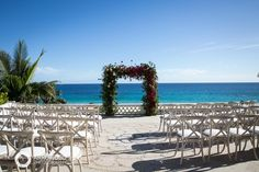 Ceremony Setting // Flowers: Natural Pina