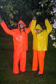 Pictures Of People, Helly Hansen, Rain Wear, Overall, Rain Boots, Latex, Rain Jacket, Windbreaker, Raincoat
