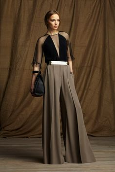 oooh - so tailored and geometric and sexy all at once. comfy, too, with those wide palazzo pants