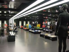 adidas clothing store
