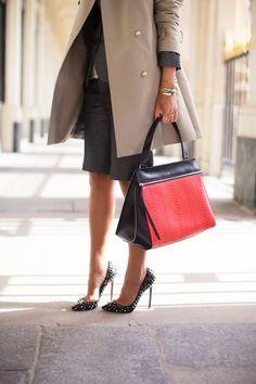 ショートスーツとレッドボトムス   FashionLovers.biz