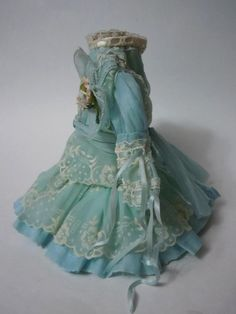 """Exquisite tiny french Couturier Bebe Dress Hat for 12-13"""" antique cabinet sized doll"""
