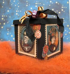 Halloween magic box by Viktoriya Porechna. Click to get to our Ning gallery and see more pics of the inside! #graphic45 #halloween