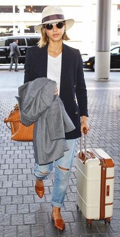 Jessica Alba Airport Outfit 2017 Street Style