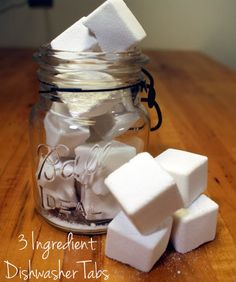 Homemade DIY dishwasher detergent tabs. Only 3 ingredients, easy peasy and Eco-friendly!