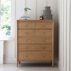 Ercol Teramo 7 Drawer Tall Wide Chest | Bedframes | Bedroom