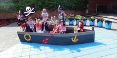 Blauwe zee geschilderde onder Govaplast Play speelboot