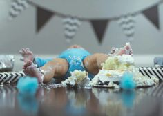 New baby boy birthday pictures Ideas Half Birthday Baby, Half Birthday Cakes, Birthday Cake Smash, Boy Birthday Pictures, First Birthday Photos, Birthday Ideas, Baby Cake Smash, Baby Boy Cakes, 6 Month Baby Picture Ideas