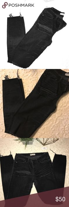 "Madewell Black Distressed Skinny Jeans Dusty Black Distressed Akinny Jeans. Distressed by the thighs, knees, and near the butt. Pair with lace lingerie shorts or with an oversized sweatshirt. Inseam: 31""/Outseam 41"" Madewell Jeans Skinny"