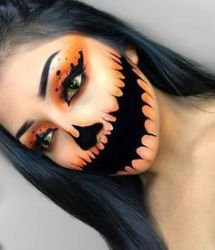 Looking for for ideas for your Halloween make-up? Browse around this website for creepy Halloween makeup looks. Halloween Makeup Skull, Disfarces Halloween, Makeup Clown, Halloween Makeup Looks, Halloween Pumpkins, Eye Makeup, Makeup Art, Bricolage Halloween, Facepaint Halloween