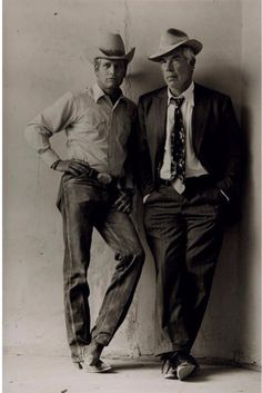 """Terry O'Neill Paul Newman and Lee Marvin on the Set of Stuart Rosenberg's """"Pocket Money,"""" Tucson, Arizona 1972 Terry O'Neill - - Ave atque Vale Terry O Neill, Celebrity Portraits, Celebrity Photos, Celebrity Photographers, Celebrity Babies, Celebrity Style, Vintage Hollywood, Classic Hollywood, Paul Newman Joanne Woodward"""