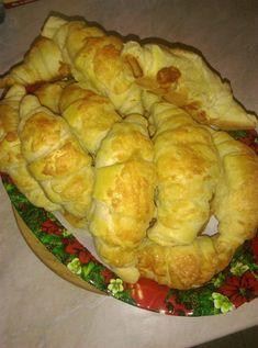 Réteges sajtos, vajas kifli! Ennél finomabbat még biztosan nem kóstoltál! Ciabatta, Bakery, Food And Drink, Bread, Cheese, Recipes, Brot, Recipies, Baking