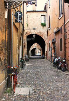 #Biciclette a #Ferrara