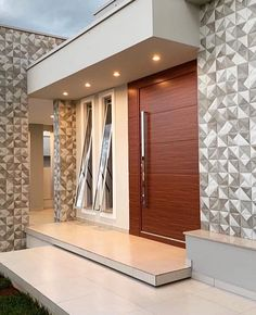 [New] The Best Home Decor (with Pictures) These are the 10 best home decor today. According to home decor experts, the 10 all-time best home decor. Modern Entrance Door, Modern Exterior Doors, House Entrance, Modern House Facades, Modern Architecture House, Modern House Plans, Bungalow House Design, House Front Design, Modern House Design