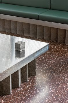 Materials brands are starting to use their spaces to not just propose what they can do, but to prove - News - Frameweb