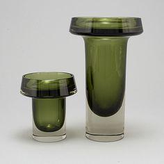 KAJ FRANCK, two glass vases from Nuutajärvi Notsjö, Finland, dated - Bukowskis Glass Design, Design Art, Interior Design, 3d Printer Designs, Vases, Eye Art, Bukowski, Finland, Modern Contemporary
