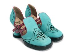 John Fluevog Mini Boo Boo in Turquoise (The color is breathtaking! Dream Shoes, Crazy Shoes, Me Too Shoes, Mini Boo, John Fluevog Shoes, Unique Shoes, Quirky Shoes, Shoe Boots, Shoe Bag