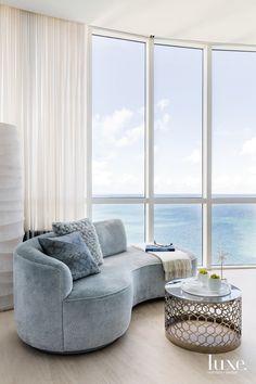 Luxury Rooms, Luxury Sofa, Luxury Decor, Luxury Living, New Interior Design, Luxury Interior, Master Bedroom Design, Modern Bedroom, Coastal Living Rooms