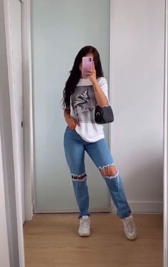Baddie Outfits Casual, Cute Casual Outfits, Stylish Outfits, Simple School Outfits, Outfits With Jeans, School Appropriate Outfits, Trendy Outfits For Teens, Lazy Outfits, Back To School Outfits