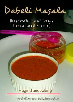 How to make Dabeli Masala | Homemade Dabeli Masala Powder | Ready to use homemade dabeli masala paste     #Dabeli #dabelimasala #yummlicious #indiansnack #indianrecipes #indianfood #indianmasala #homemade #homemademasala #foodblogger #indianfood #indianfoodblogger #kutch