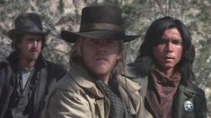 A group of young gunmen, led by Billy the Kid, become deputies to avenge the murder of the rancher who became their benefactor. But when Billy takes their authority too far, they become the hunted. New Mexico, Movies To Watch, Good Movies, Avengers Film, Kiefer Sutherland, Donald Sutherland, Billy The Kids, Young Guns, Western Movies