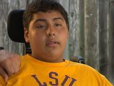 Paralyzed teen welcomed home after devastating accident. #texas #news