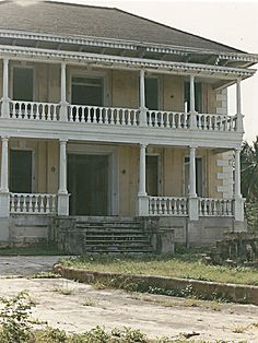 Abandoned mansion. The designer in me would love to restore this to its original splendor.