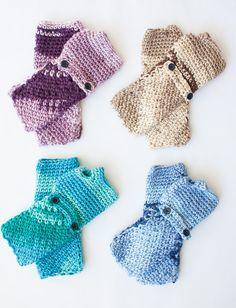 Yarnspirations.com - Caron Cozy Posy - Fingerless Gloves - Patterns  | Yarnspirations