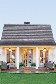 The Genteel Cottage - The Art of Living Small - Southernliving. Location: Orange, VirginiaSize: 1200 square feetDesigner: Sam BlountArchitect: Madison Spencer A couple from Connecticut moved down South with the plans to develop land in Virginias horse cou Small Cottages, Small Cottage Homes, Small Country Homes, Cottages And Bungalows, Small Cabins, Small Cottage Interiors, Small Cottage Designs, Country Cottages, Cottage Style Homes