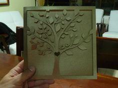 Hermosa tarjeta de invitación a matrimonio. Papel recortado con laser. Arbol del amor. cutlaserstudio@gmail.com