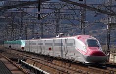 一部区間で時速320㎞で走り、最高速度世界タイ記録となっているJR東日本のE6系・E5系