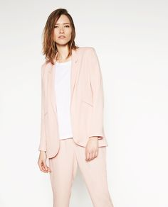 Zara.com | Click to shop this asymmetrical jacket from @zara