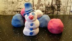 Masy sensoryczne i plastyczne - przepisy - Pani Monia Macrame Owl, Crochet Stars, Smurfs, Crafts For Kids, Children, Education, Winter, Speech Language Therapy, Crafts For Children