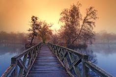 Island Bridge, Hungary
