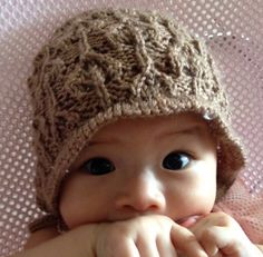 Lacy Leaves Baby Hat Pattern | This lacy hat gives baby even more elegance!
